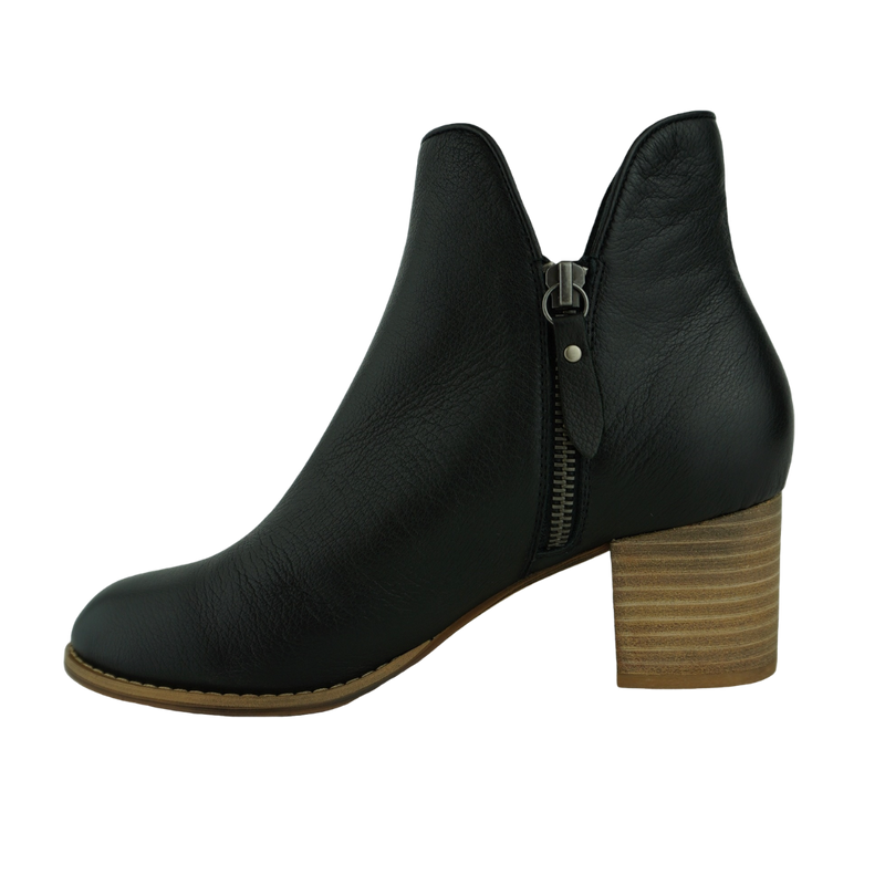 Django & Juliette Shiannely Black Cafe Leather Ankle Boots