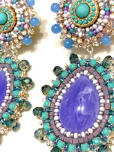 Load image into Gallery viewer, Mini statement earrings
