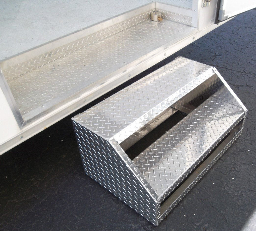 Trailer Door Steps   Aluminum ...