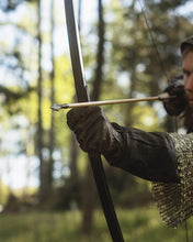 Load image into Gallery viewer, Huntsman Medieval English Longbow