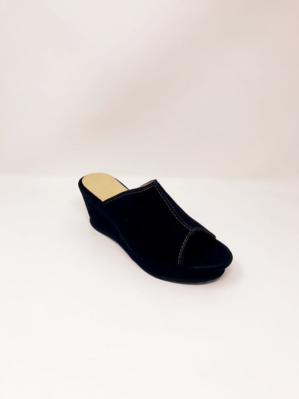 Savanna Suede Black