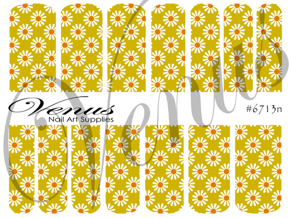 #6713n Floral Fruits - Green Daisies (Clear/White)