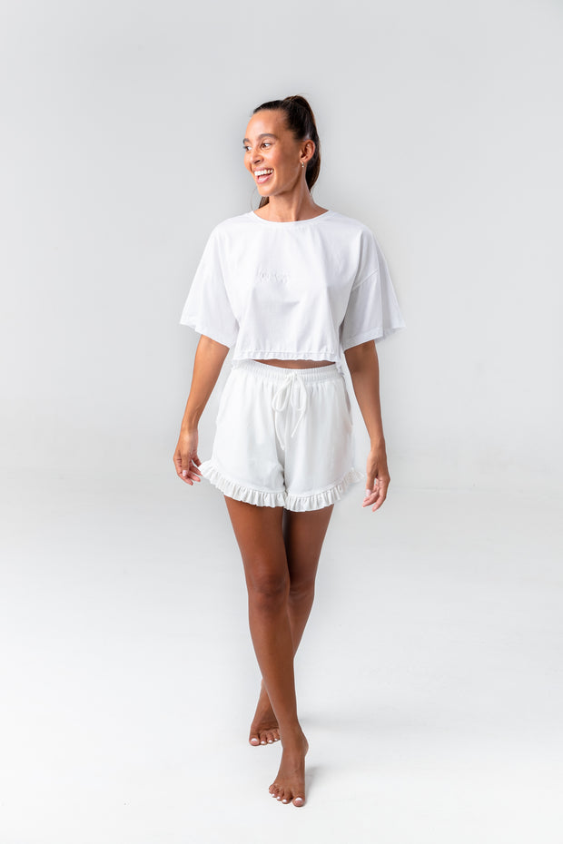 CHILL WYSE Frill Shorts - off white