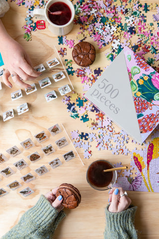 Adult Games - Jigsaw Puzzle and Guess Who