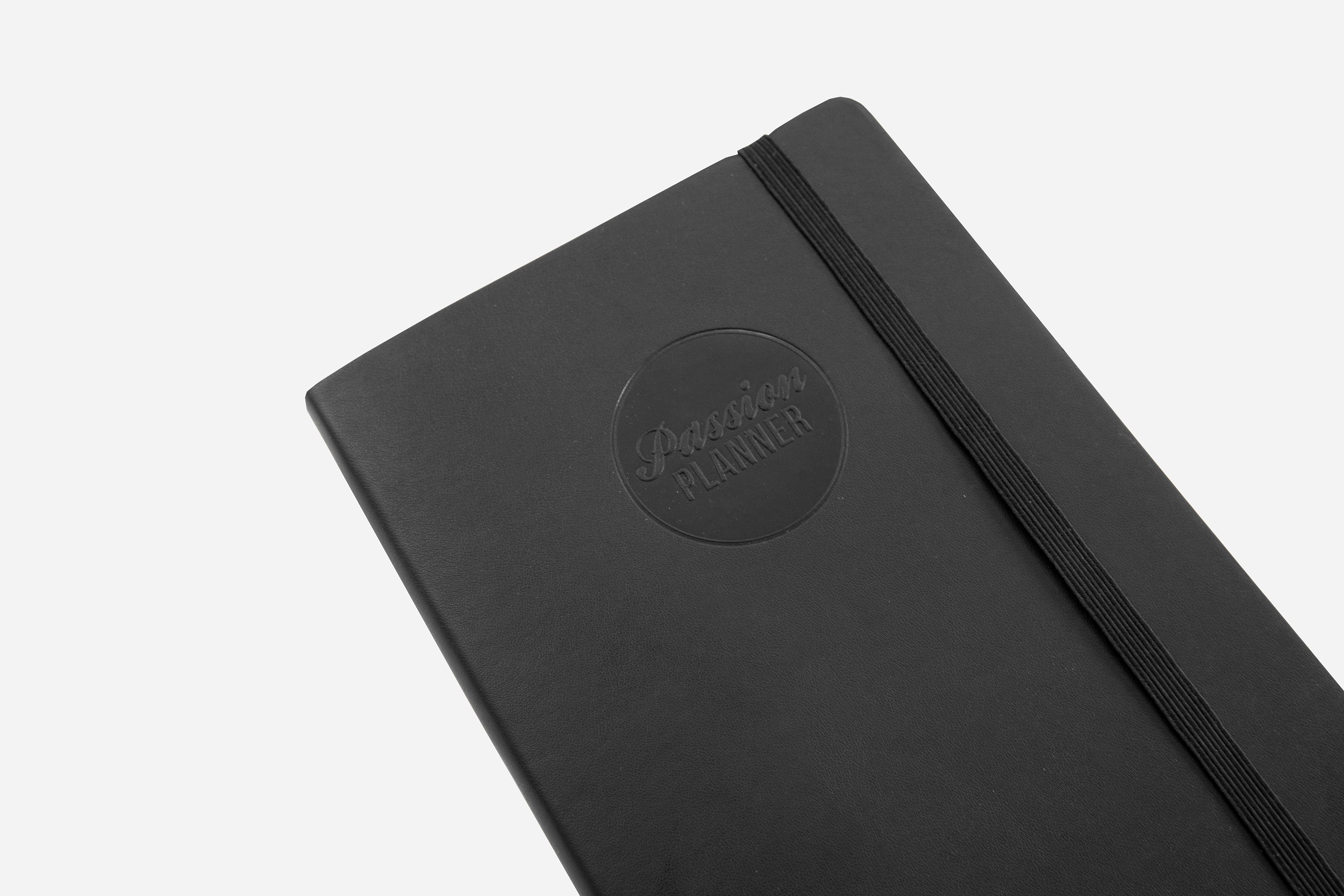 Weekly 2021 Annual Elite Black - Passion Planner