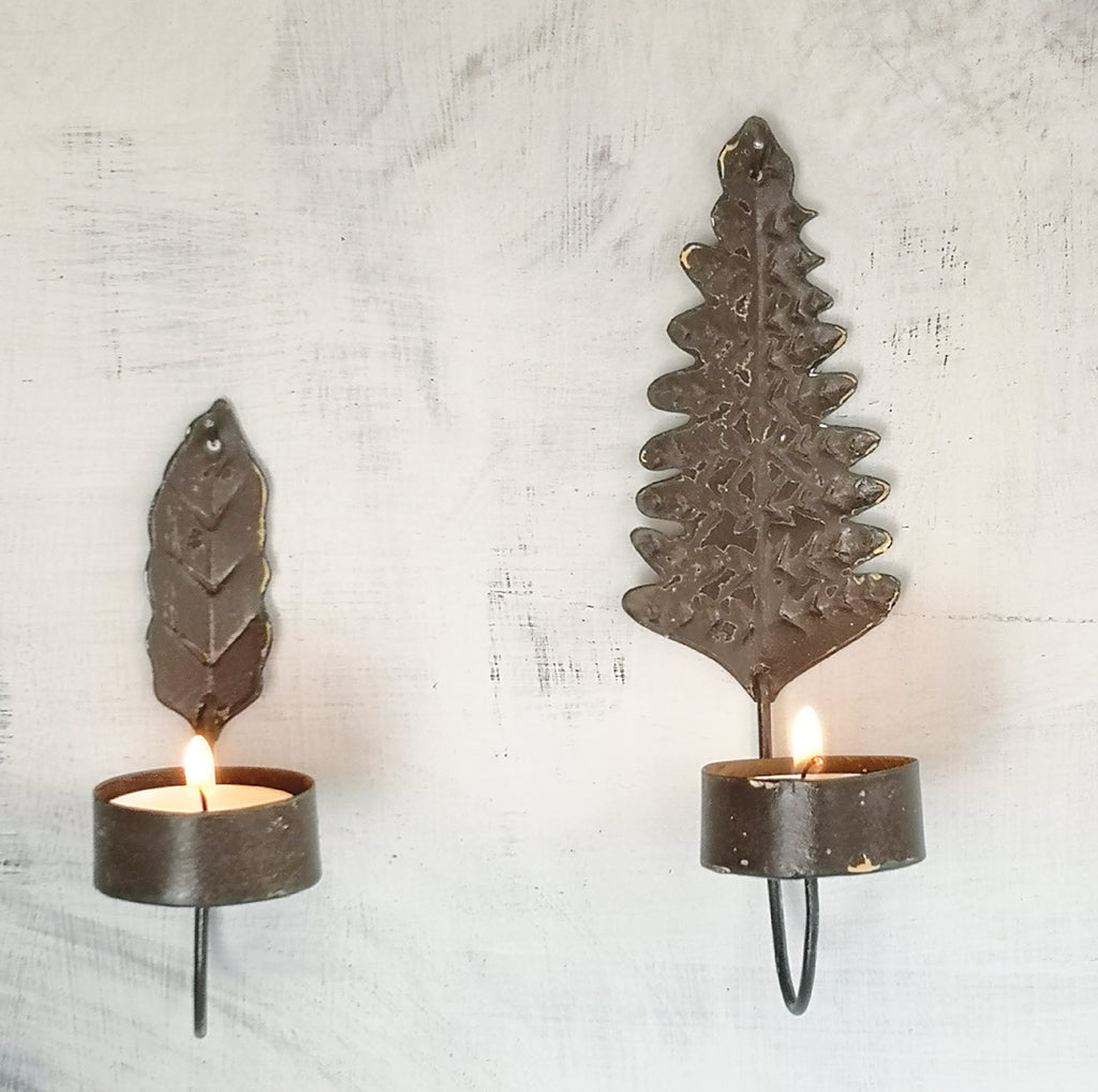 LEAF SCONCE SET OF TWO PKD 6sets £3.30 EA. In Stock Mid-March