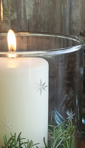 GLASS HURRICANE ETCHED STARS LGE. PKD 2 £9.98 EA.