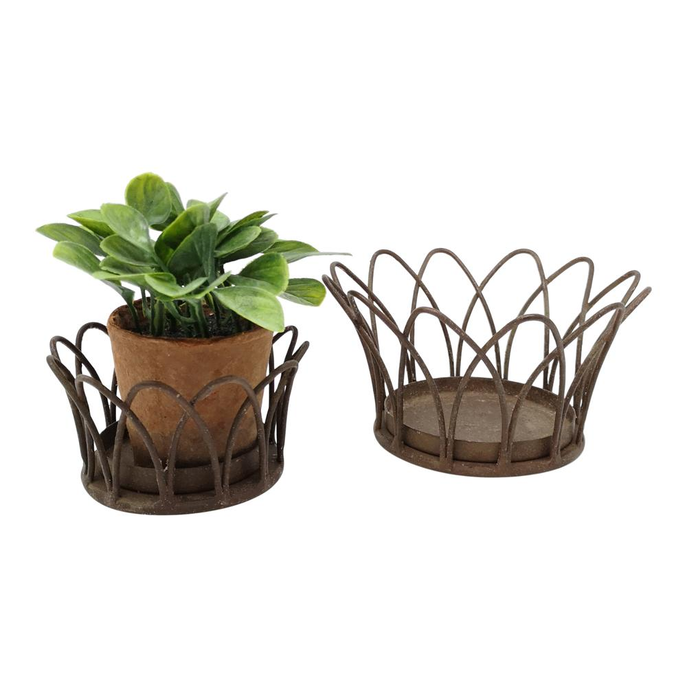 WIRE CROWN BASKET ANTIQUE RUST PKD 4 £2.48 EA. Back in Stock Mid-April