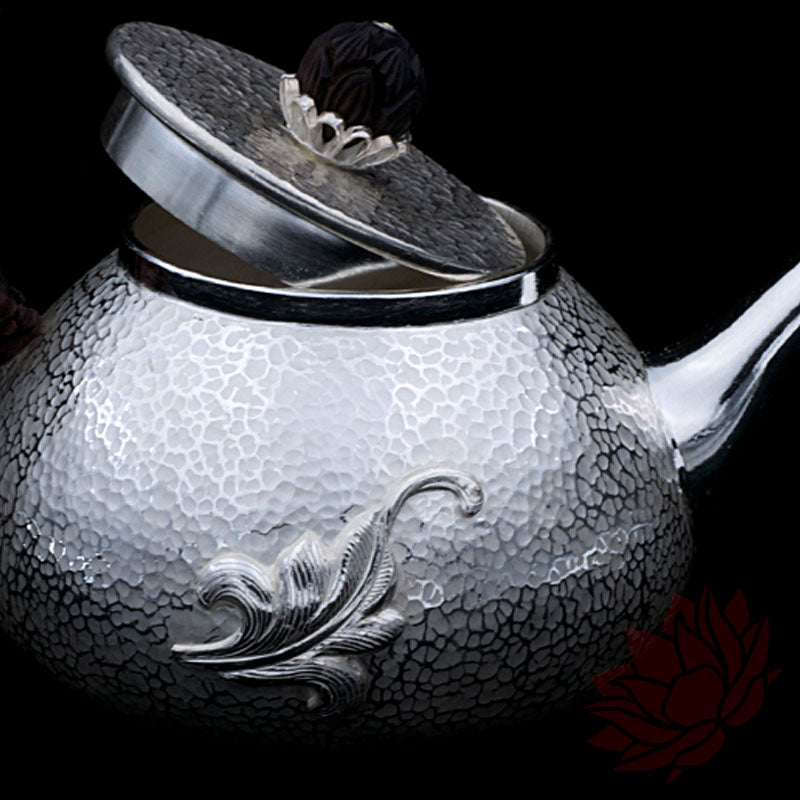 Solid Silver Teapot w/ Leaf and Horn Knob 210ml :: FREE SHIPPING