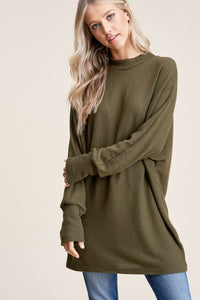 MOCK NECK DOLMAN TOP
