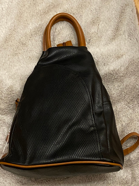 TEXTURED FRONT BACKPACK