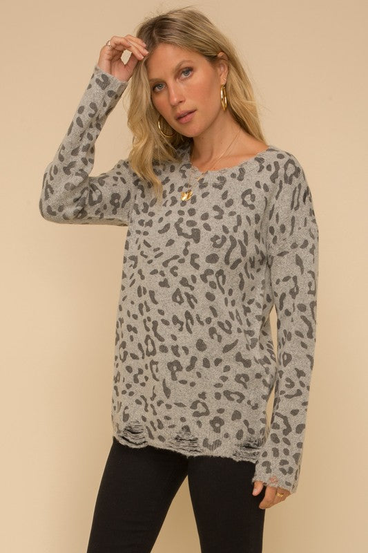 LEOPARD DESTROYED HEM SWEATER