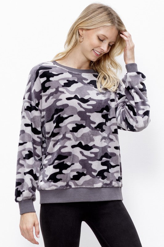 ARMY FUR PULLOVER