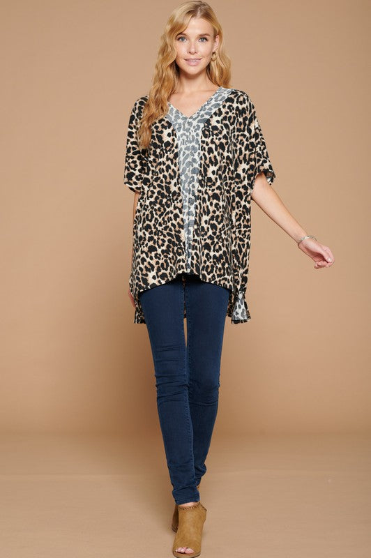 LEOPARD PONCHO TOP