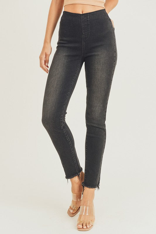 RISEN HIGH RISE PULL ON JEANS