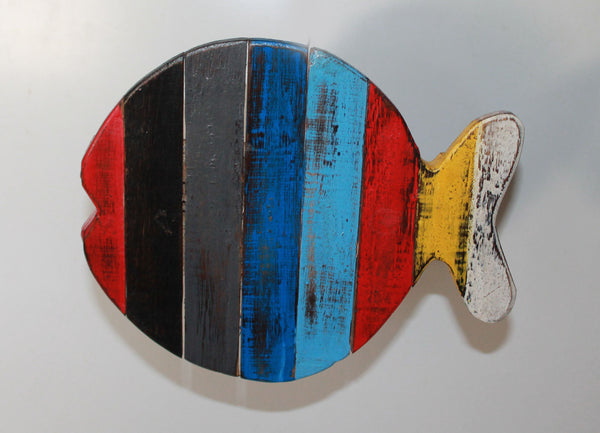 Wood Fish (Open mouth, Round tale)
