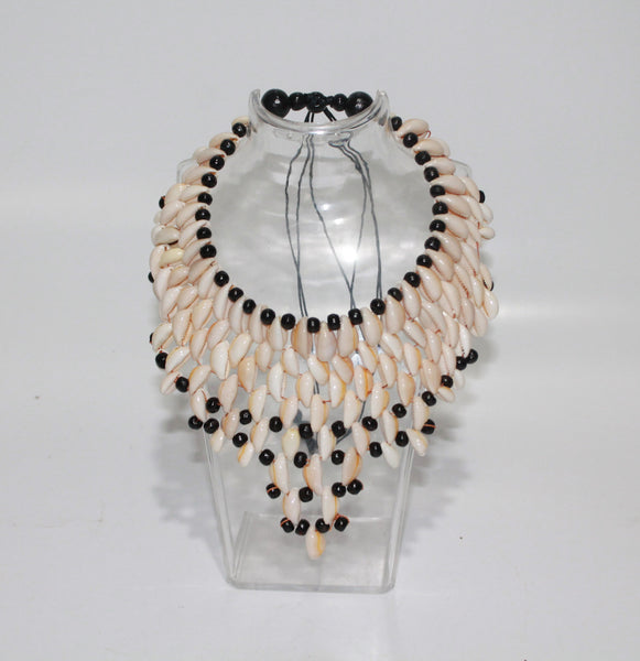 Large Necklace With Shell
