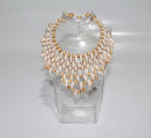 Small Necklace With Shell