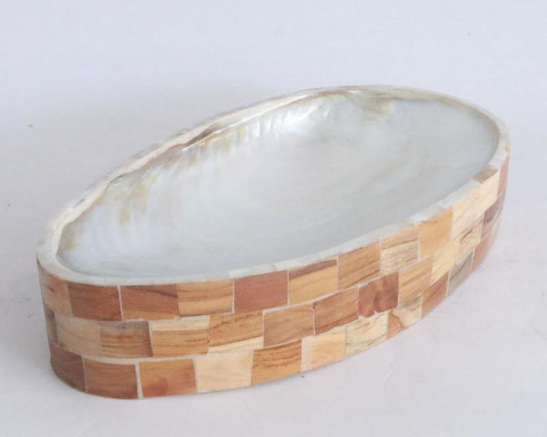Shell Plate with Resin and Teak wood