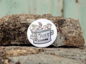 """IM POTT ZUHAUSE"" Bundle 2 - Tasse, Button, Postkarte"