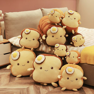 A family of cute bread plushie! How adorable