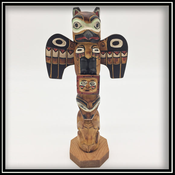 Totem Pole - Raven, Bear, and Sun 8