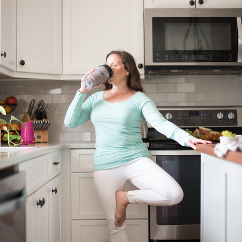 Healthy Living woman drinking smoothie