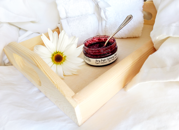 Me Time Botanicals Berry Bright enzyme mask
