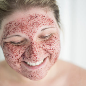 Berry Bright Polishing & Brightening Enzyme Mask