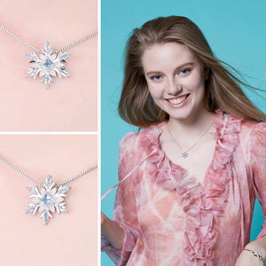 Snowflake Natural Swis Blue Topaz Pendant Necklace - RHEA LIGHT