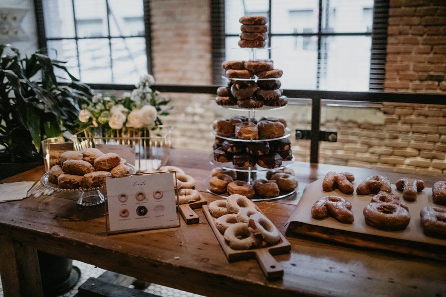 Kate & Rob / Wedding Donuts <br> Photo by: @meghanhemstra
