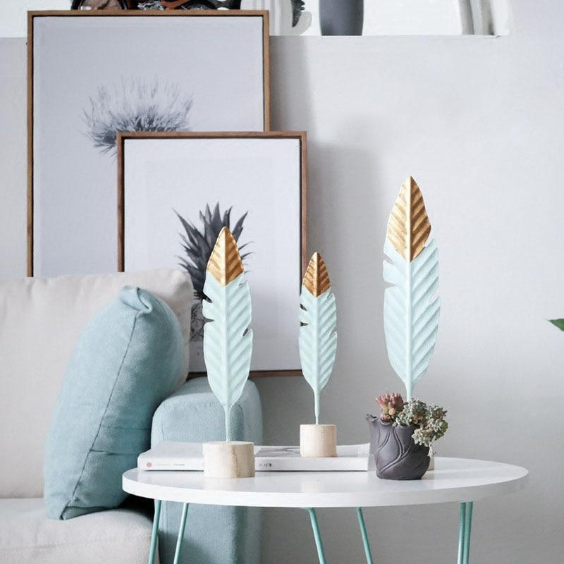 Decorations - Modern Feather Wooden Simple Miniature Decoration