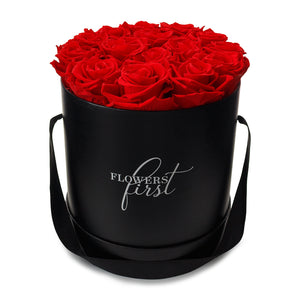 Red Roses & Big Black Round Hat Box -1