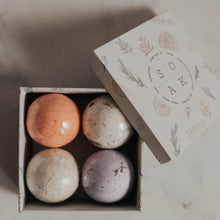 Load image into Gallery viewer, gift box with four mini bath bombs
