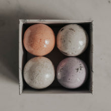 Load image into Gallery viewer, mini bath bomb gift box