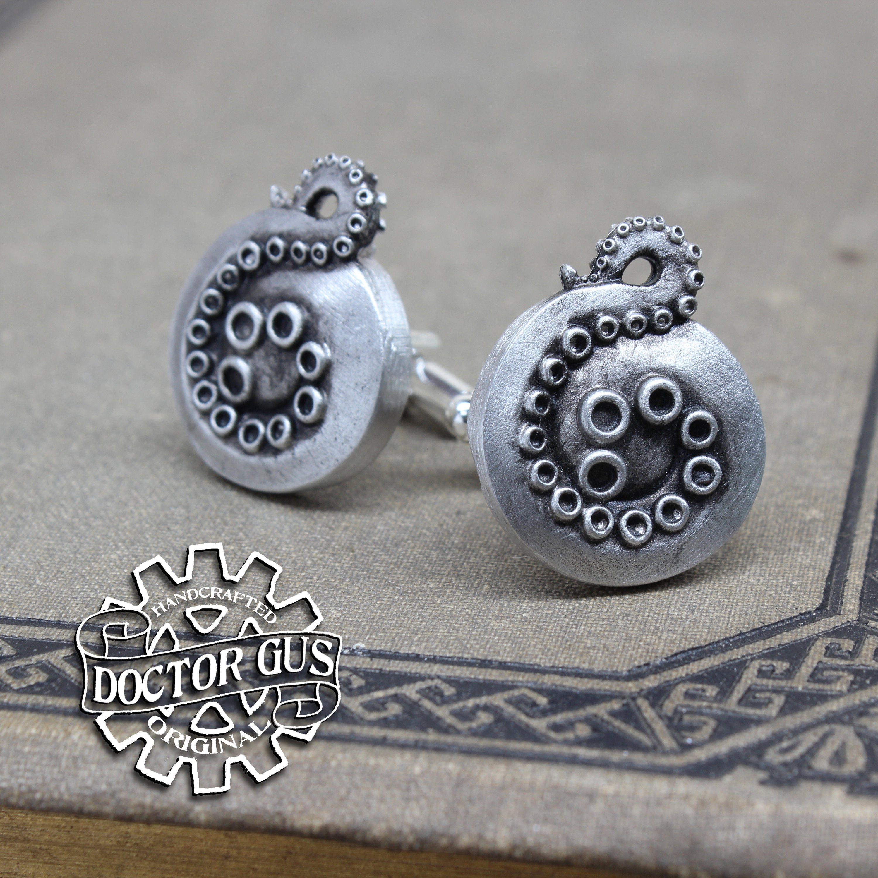 Tentacle Cuff Links - Cthulhu Cephalopod Accessories by Doctor Gus - Suit and Tie - Men's Gifts - Octopus Lovecraft Steampunk Wedding Groom