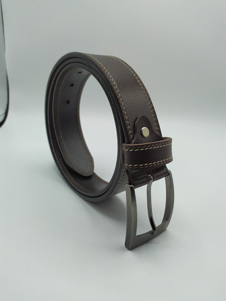 Stylish Black Leather Belt with Light Stitching