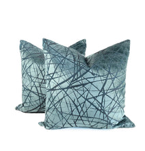 "Load image into Gallery viewer, Kravet Couture Teal ""Parisio"""