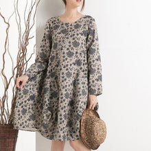 Laden Sie das Bild in den Galerie-Viewer, Cotton floral shift dress plus size spring dresses summer clothing