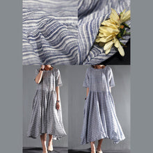 Laden Sie das Bild in den Galerie-Viewer, blue striped linen summer maxi dresses layered plus size sundress casual style