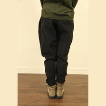 Laden Sie das Bild in den Galerie-Viewer, dark khaki linen baggy pockets harem boots pants