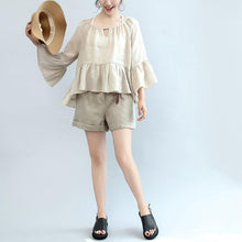 Load image into Gallery viewer, 2017 nude stylish linen shorts elastic waist casual shorts