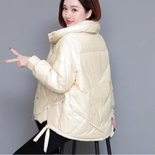 Load image into Gallery viewer, Short White Duck Down Women Jacket Coats Girls Thinck Warm Snow Wear Outdoor Clothing