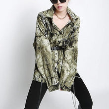 Load image into Gallery viewer, Print Pattern Button Shirt Women 2020 Winter Casual Fashion New Style Temperament All Match Turn Down Collar Blouse