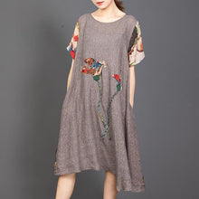 Laden Sie das Bild in den Galerie-Viewer, Appliques Floral Printed Casual Round Collar Dress