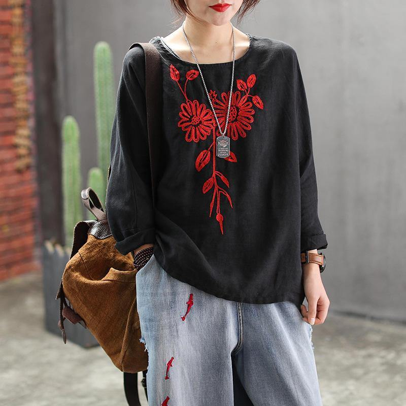 Beautiful cotton linen clothes 2019 Women Raglan Sleeve Embroidery Spring T-Shirt