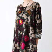 Laden Sie das Bild in den Galerie-Viewer, Black floral cotton maxi dress oversized caftans