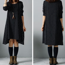 Laden Sie das Bild in den Galerie-Viewer, Black plus size winter dresses long blouses