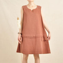 Laden Sie das Bild in den Galerie-Viewer, Brick red sundress oversize dress linen shirt top sleeveless