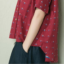 Laden Sie das Bild in den Galerie-Viewer, Burgundy dotted women summer shirt cotton blouse low high top